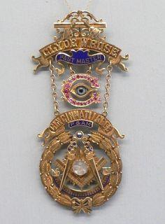 Incredible Gold Past Master Cincinnati Lodge Masonic 14k Pin from Clyde w Rose