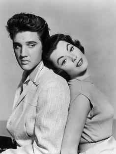 Outro registro com a atriz americana, também de 1957  Foto: Getty Images