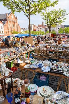Beyond Bric-a-Brac at Brussels' Flea Markets The city's antique markets, centrally located and with lower prices than Paris or London, are full of everything you've ever—and never—wanted for your shabby-chic apartment. Don't forget to bring a spare bag (or two) #Fleamarkets