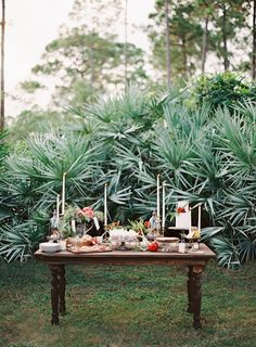 rustic reception setup // photo by Melanie Gabrielle // http://ruffledblog.com/woodsy-winter-dinner-party