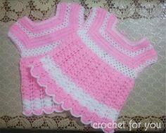 Scalloped Baby Dress - Free pattern