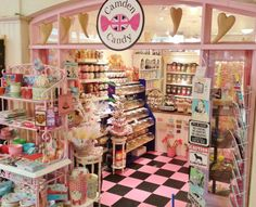 Candy store, Love the floor