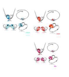 """set di gioielli di alta qualità; anello,orecchini,bracciale,collana. pietre in cristallo raffigurante il """"cuore"""",in 3 diversi colori, di MARCOPOLOITALY su Etsy"""