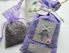 lavender sachets>christmas gifts.