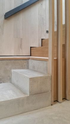 L3 / 304 PURPOSE MADE INTERNAL STAIR FLIGHTS; Rylett Studios; McLaren.Excell Architects