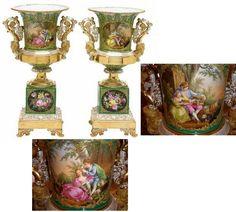 Jacob Petit vases