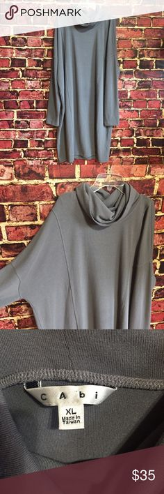 💗Cabo gray cowl neck knit tunic dress Size XL. Polyester, spandex. EUC  💟Fast 1-2 day shipping 💟Reasonable offers accepted 💟Purchase 3 or more items & get a special bundle rate!  💟Smoke-free home CAbi Dresses