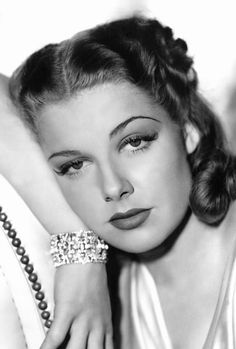 """summers-in-hollywood: """"Ann Sheridan """" Golden Age Of Hollywood, Vintage Hollywood, Hollywood Glamour, Hollywood Stars, Hollywood Actresses, Classic Hollywood, Hollywood Divas, Vintage Movie Stars, Old Movie Stars"""