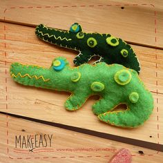 Crocodile - Felt pattern and Tutorial - DIY - Making pattern PDF - Plushie animal Instructions