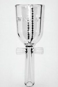 VinamorÉ Inc Wine Wine Aerator Wine Supplies, Wine Carafe, Wine Bottle Labels, Fine Wine, Wine Drinks, Wine Tasting, Wines, Wine Glass, Wine Cellars