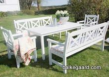 Bilderesultat for utemøbler barn Outdoor Furniture Sets, Outdoor Decor, Barn, Home Decor, Converted Barn, Decoration Home, Room Decor, Home Interior Design, Barns