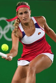 Monica Puig Monica Puig, Wta Tennis, Sport Tennis, Foto Sport, Tennis World, Beautiful Athletes, Tennis Players Female, Tennis Fashion, Olympic Champion