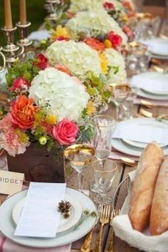 simple boxed centerpieces with hydrangeas