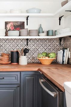 19 Lovely Kitchen Tile Design Ideas