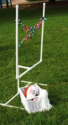 Constant in Chaos: For the kiddos -Football ~ Tailgate Superbowl Party! Football Tailgate, Football Birthday, Sports Birthday, Tailgating, Kids Party Themes, Party Ideas, Ball Birthday Parties, Birthday Ideas, Pvc Pipe Crafts