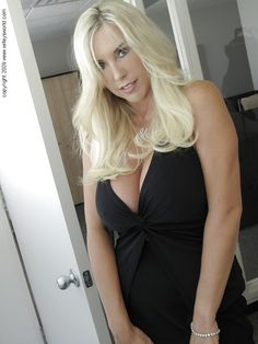Showing images for vanessa vixon family therapy xxx pic