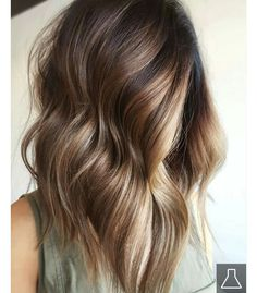 45 Best Ombre Long Bob Haircuts for Women 2019 Best ever ideas of ombre long bob hairstyles for women and girls to show off in If you are looking for best hair color shades to make your bob looks more cute then must see here for latest ombre hair colors. Balayage Hair Honey, Honey Hair, Hair Color And Cut, Ombre Hair Color, Nice Hair Colors, Popular Hair Colors, Ombre Bob, Rich Brunette, Brunette Bayalage