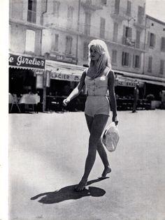 Brigitte Bardot walks barefoot in St Tropez, 1958