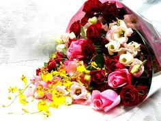 Gift #bouquets for your loved ones for any #occasion or any #function. For bookings  Call : 9004888842: Jai Tawrani.