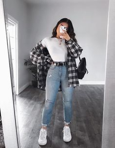 OOTD😍♥️Yayy or Nayyy? Swipe up to see the whole outfit.OOTD😍♥️Yayy or Nayyy? Swipe up to see the whole outfit. Teen Fashion Outfits, Mode Outfits, Look Fashion, 90s Fashion, Tumblr Outfits, Uni Outfits, Casual School Outfits, Casual Winter Outfits, Back To School Outfits Highschool