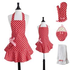 Mommy & Me matching aprons: I want these for our holiday baking!