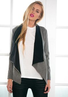 What's so great about this grey oblique zipper draped cardigan? For one, it's…
