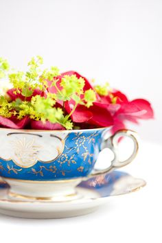 Beautiful Florals in Vintage Teacups captured by Katie Farrell | onefabday.com