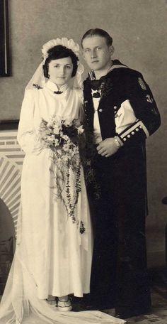 ■ Marino con escudo de Narvik. Foto de casamiento.