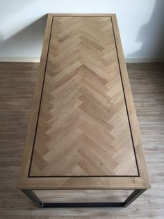 Dining Room Table Decor, Dining Room Design, Wood Table, Table Furniture, Home Furniture, Diner Table, Homemade Tables, Diy Coffee Table, Diy House Projects