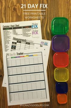 These 21 Day Fix free printable worksheets are helpful for meal tracking, measurements, and remembering what goes in your containers. The container cheat sheet doubles as a 21 Day Fix shopping list! Fast Metabolism Diet, Metabolic Diet, Beachbody 21 Day Fix, 21 Fix, 21 Day Fix Diet, 21 Day Fix Extreme, 21 Day Fix Meal Plan, 21 Day Challenge, Challenge Group