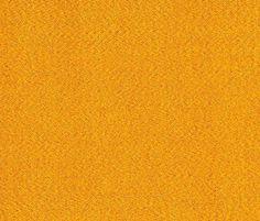 Solo (curry D777) in der LÖFFLER Stoff-Kollektion