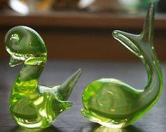 Small retro vintage Murano Uranium Glass Bird and glass fish
