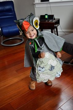 DIY Owl Costume by momincdaily.com #DIY #Kids #Owl_Costume