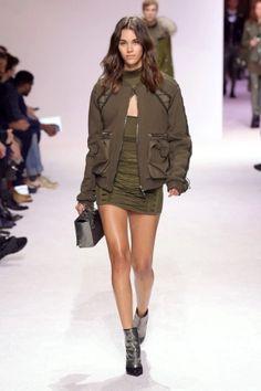 balmain menswear mens pfw pfwm paris runway @sssourabh Women's Runway Fashion, Mens Fall, T Rex, Balmain, Military Jacket, Menswear, Paris, Jackets, Down Jackets
