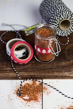 Homemade bbq seasoning Bbq Seasoning, Homemade Bbq, Korn, V60 Coffee, Blog, Salads, Sandwiches, Roll Up Sandwiches, Blogging