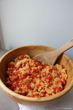 Basmati rice with caramelized peppers, an easy vegan recipe and . Delicious Vegan Recipes, Easy Healthy Recipes, Vegetarian Recipes, Easy Meals, Healthy Food, Tasty, Shredded Chicken Recipes, Easy Chicken Recipes, Meat Recipes
