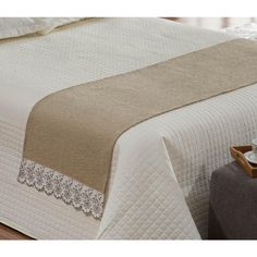 Quarto casal - Peseira (Xale) Avulsa Para Cama De Casal - Americanas.com Hotel Bed, Bed Runner, Beautiful Color Combinations, Useful Life Hacks, Diy Bed, Cool Beds, Comfortable Fashion, Luxury Bedding, Bed Sheets