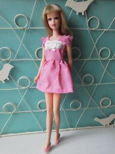 Momo Wanko Blog® Pink In Pretty:Blonde Francieで☆ © Jan 8, 2014 [Photo: Straw Blonde™ Francie Fairchild® in 3369 Pink 'n' Pretty™ ©1972]