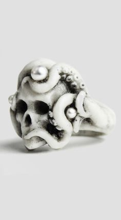 ☆ Octopus Ring White Pearl Skull Ring :¦: Shop: The Shop → https://www.notjustalabel.com/shop/macabregadgets/octopus-ring-white   ☆