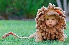 Sooooo stinkin cute! Maybe because this baby looks like he could be part of my family :) Roarrr!