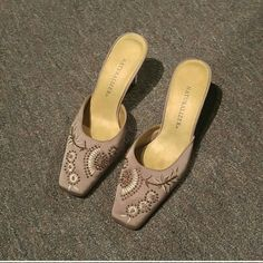 Naturalizer slip on heels Great condition Size 7 All beading intact Very pretty on Shoes