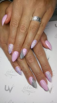Want some ideas for wedding nail polish designs? This article is a collection of our favorite nail polish designs for your special day. Winter Nails, Spring Nails, Summer Nails, Acrylic Nail Designs, Nail Art Designs, Cute Nails, Pretty Nails, Hair And Nails, My Nails
