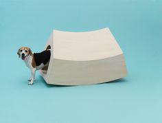 Architettura da cani: costruisci con le tue mani le cucce disegnate da 13 artisti