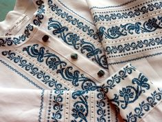 Folk Embroidery, Machine Embroidery, Ukraine, Palestinian Embroidery, Le Point, Cross Stitch Patterns, Projects To Try, Ornaments, My Style
