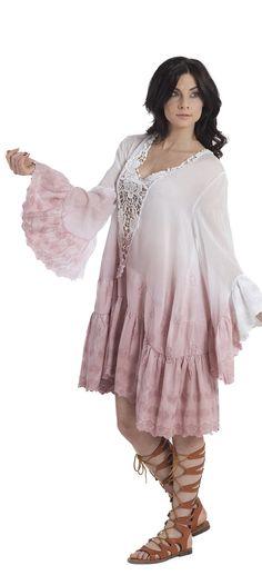 Miniabito o camicia in cotone con inserto in pizzo crochet, maniche e balza in pizzo sangallo smerlato e tintura in capo degradè