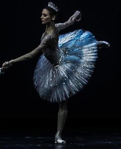 "Svetlana Zakharova and Alexander Volchkov, ""Diamonds"" from ""Jewels"" (George Balanchine), Bolshoi Ballet (c) Philippe Jordan"