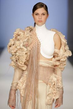 nice Textiles for Fashion - neutral shades & a beau... Giysi fikirleri