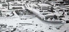 Sheikh Ali's compound, jetty, Clock Tower and mosque around 1956