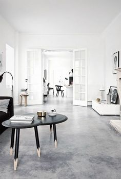 White walls grey floor living room white wall paint interior design ideas living room black home decor stores toronto Living Room White, White Rooms, White Walls, Home And Living, Concrete Kitchen Floor, Concrete Floors In House, Concrete Floor Texture, Finished Concrete Floors, Cement Floors