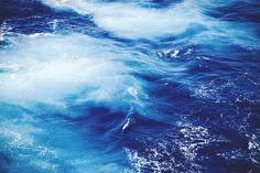 波だと思うが、大きな山脈に見えたのでピン